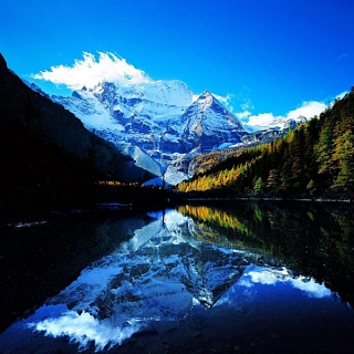 6-three-holy-mountains-in-daocheng-600x600_1519594948.jpg